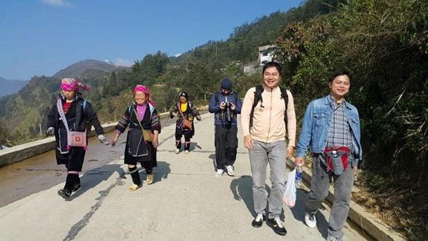 Dinamicas actividades en puertas fronterizas en Lao Cai en Nuevo Ano Lunar hinh anh 1