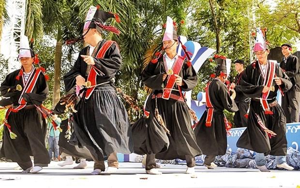 Celebracion de la primavera en el burgo de Pinh hinh anh 1