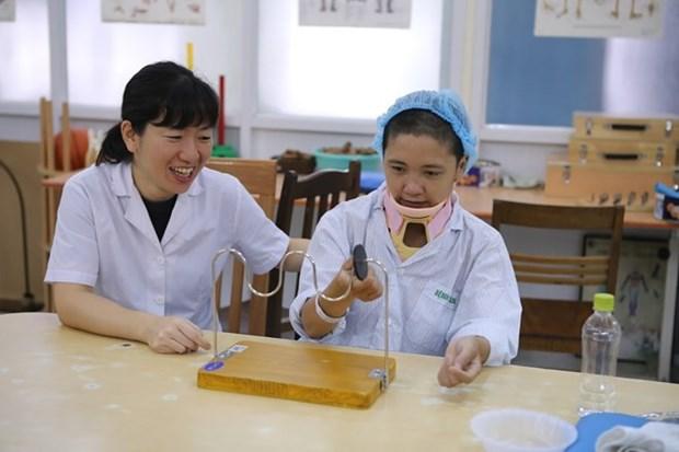 Medica japonesa trae alegria para pacientes vietnamitas hinh anh 1