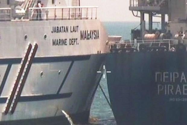 Exige Singapur retirada de buques malasios de zona maritima en disputa hinh anh 1