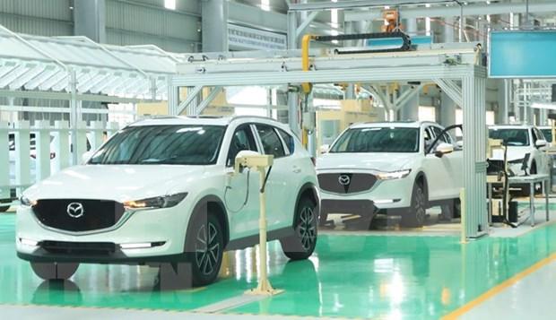 Impulsan en Vietnam la fabricacion de automoviles hinh anh 1