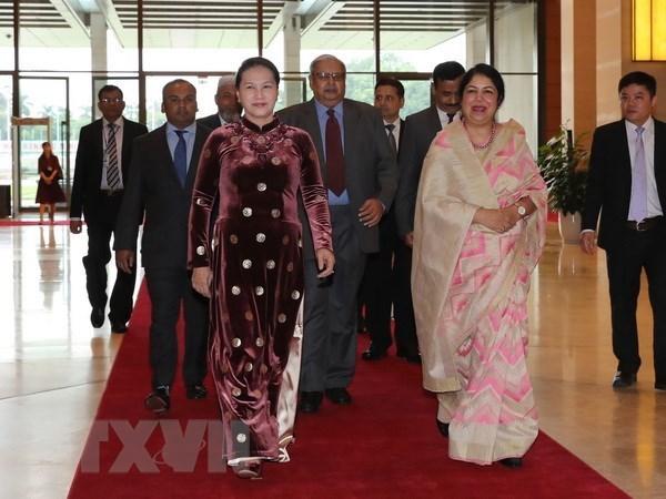 Vietnam envia felicitaciones a reelegida presidenta del Parlamento de Bangladesh hinh anh 1