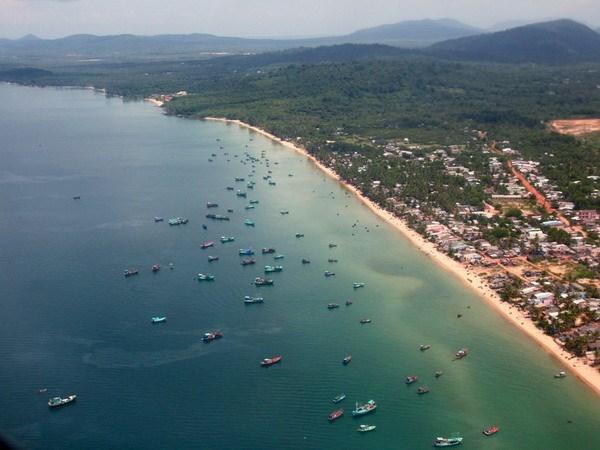 Crecen un 245 por ciento la llegada de turistas a la isla vietnamita Phu Quoc durante el Tet hinh anh 1