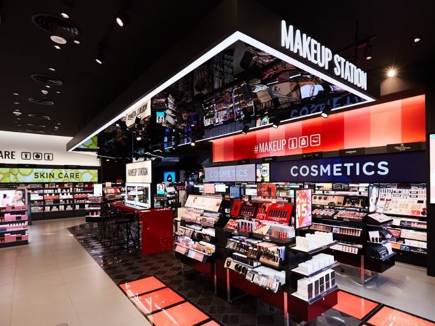 Busca afianzar posicion en Vietnam importante comercializadora de productos de belleza Watsons hinh anh 1