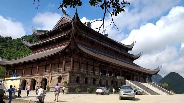 Vicepremier Truong Hoa Binh inicia la fiesta primaveral en Pagoda Tam Chuc hinh anh 2