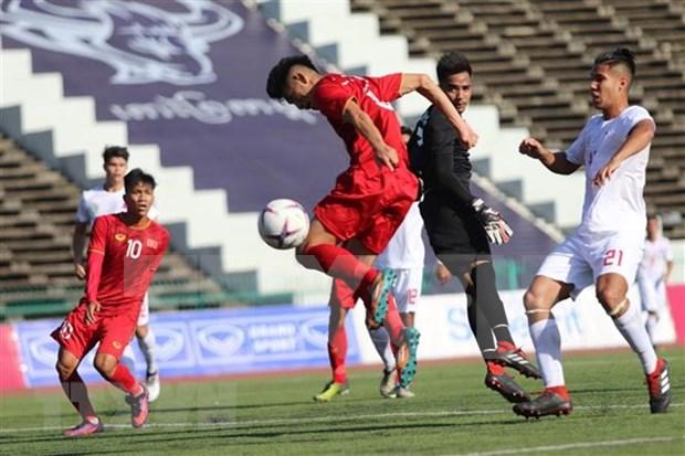 Vietnam gana Filipinas 2-1 en primer partido del Campeonato regional Sub-22 hinh anh 1