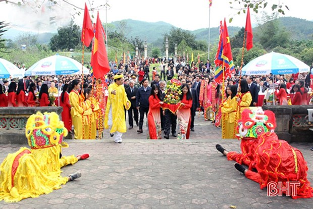 Conmemoran en Vietnam deceso del famoso medico Hai Thuong Lan Ong hinh anh 1