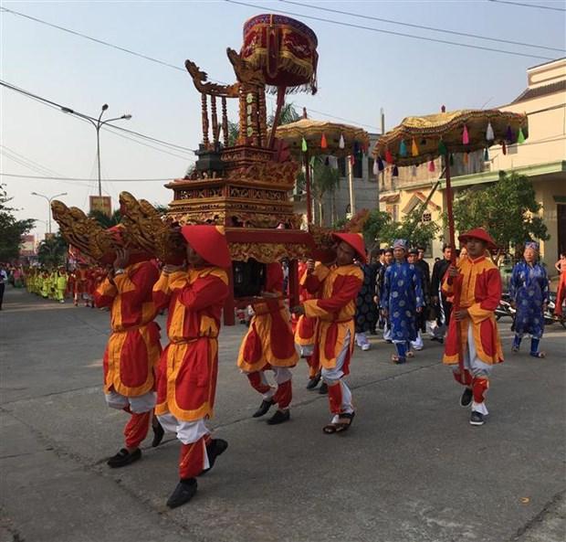 Celebran en provincia vietnamita ceremonia tradicional en honor a la ballena hinh anh 1