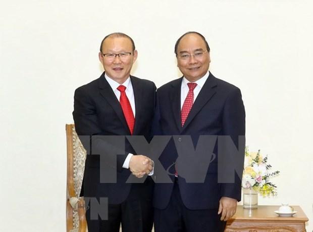 Recibe primer ministro de Vietnam al entrenador surcoreano de futbol Park Hang-seo hinh anh 1