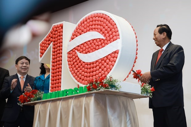 Empresa vietnamita Viettel ocupa casi la mitad del mercado de telecomunicacion camboyano hinh anh 1
