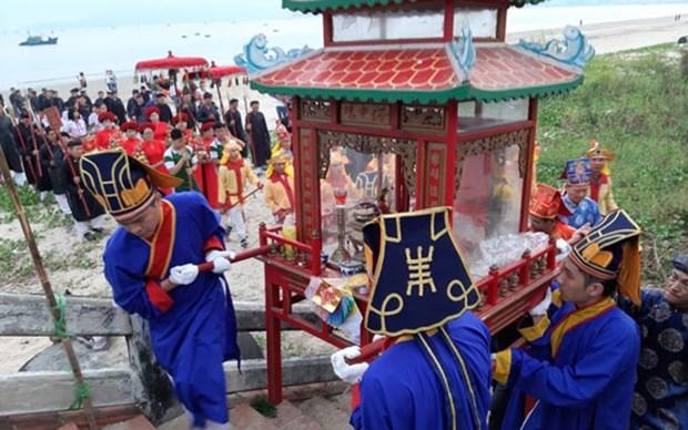 Reconocen como patrimonio nacional el festival de culto a las ballenas hinh anh 2