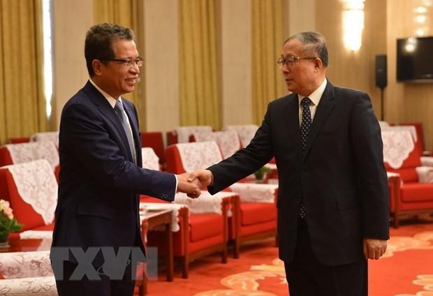 Embajador vietnamita visita ciudad china de Tianjin para impulsar cooperacion hinh anh 1