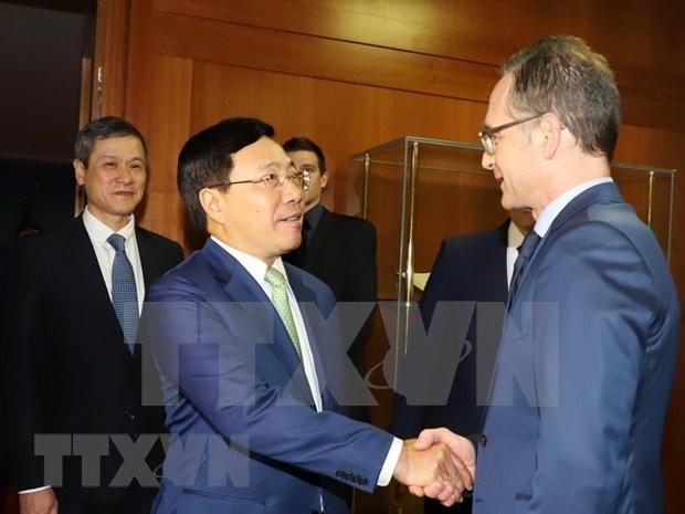 Destacan la exitosa visita de vicepremier vietnamita a Alemania hinh anh 1
