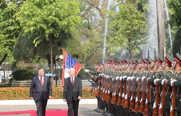 Arriba maximo dirigente vietnamita a Laos hinh anh 1