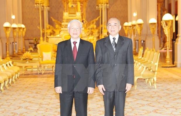 Maximo dirigente de Vietnam se reune con rey de Camboya hinh anh 1