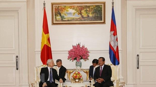 Trazan Vietnam y Camboya medidas para robustecer relaciones bilaterales hinh anh 1