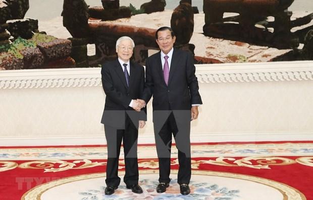 Trabajan Vietnam y Camboya para vigorizar cooperacion multifacetica bilateral hinh anh 1