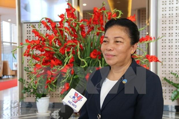 Resalta alta funcionaria laosiana gran amistad y cooperacion integral bilateral con Vietnam hinh anh 1