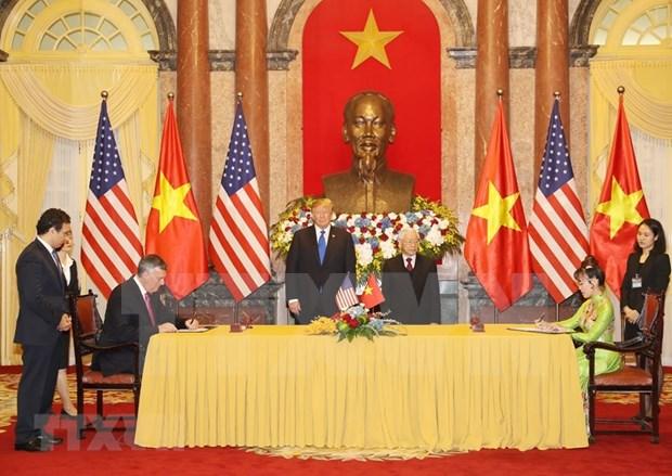 Suscriben Vietnam y Estados Unidos contratos y acuerdos de cooperacion hinh anh 1