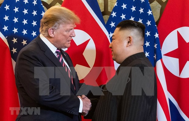 Inician Trump y Kim Jong-un segunda jornada de la Cumbre EE.UU.-RPDC en Hanoi hinh anh 1