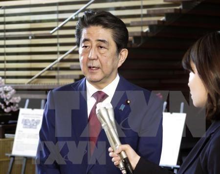 Manifesto Shinzo Abe que desea dialogar directamente con Kim Jong-un hinh anh 1