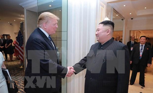 """Trump afirma """"buenas relaciones"""" con el lider norcoreano hinh anh 1"""