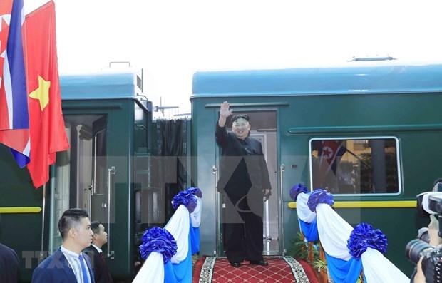 Lider norcoreano concluye su visita oficial y amistosa a Vietnam hinh anh 1