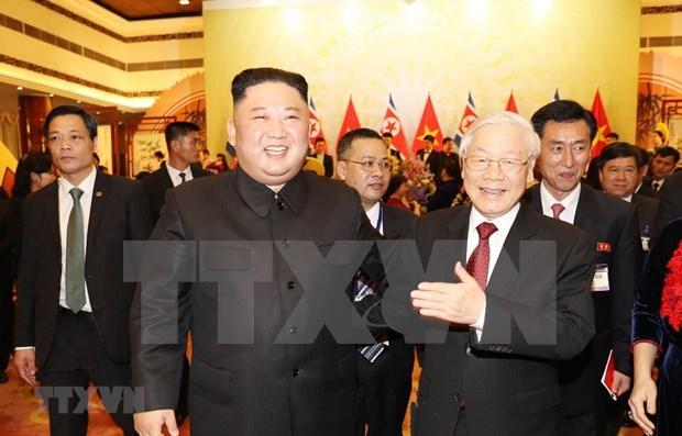Lider norcoerano manifiesta que espera mejorar los nexos con Vietnam, segun KCNA hinh anh 1