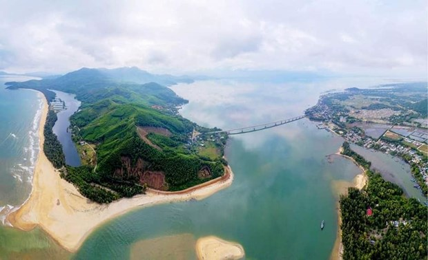 Construiran supercomplejo turistico en provincia Thua Thien-Hue hinh anh 1