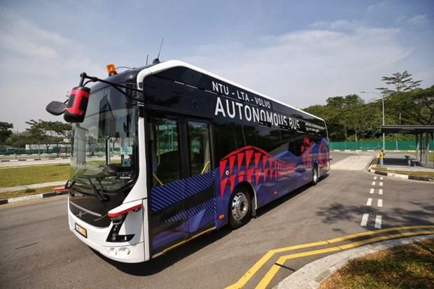 Presentan en Singapur primer autocar electrico no tripulado en el mundo hinh anh 1
