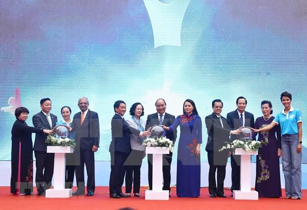 Insta primer ministro de Vietnam a garantizar seguridad y felicidad para mujeres y ninos hinh anh 1