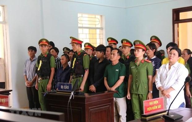 Condenan en Vietnam a 15 personas por alterar el orden publico hinh anh 1