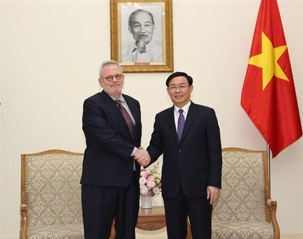 Publicaran Libro blanco sobre futuro de relaciones comerciales Vietnam-EE.UU. hinh anh 1