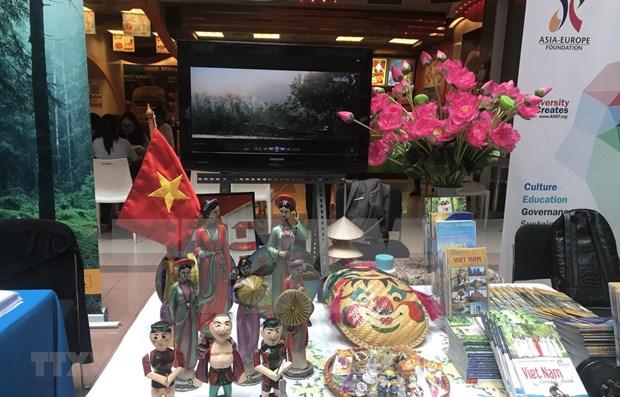 Afirman que Vietnam seguira contribuyendo a mejorar la asociacion entre Asia y Europa hinh anh 1