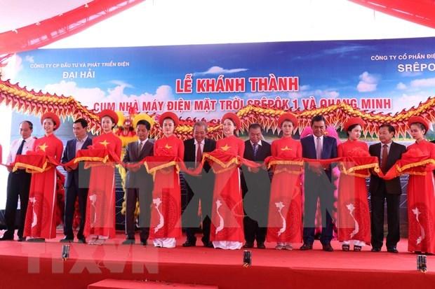 Vicepremier vietnamita inaugura complejo de energia solar en Dak Lak hinh anh 1