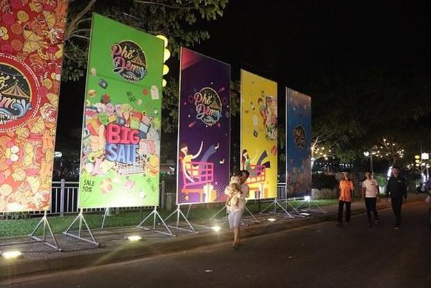"""Inauguran en ciudad vietnamita de Da Nang nueva """"calle nocturna"""" turistica hinh anh 1"""