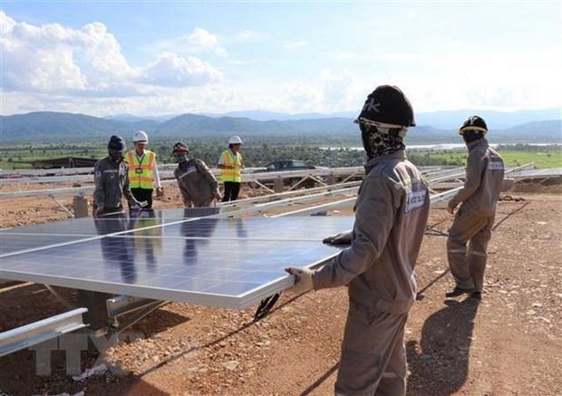 Realizan en Vietnam foro empresarial sobre el crecimiento verde hinh anh 1