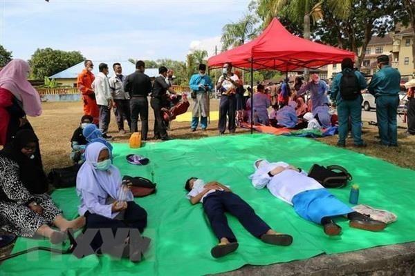Cerraron en Malasia decenas de escuelas por supuesta filtracion de sustancias quimicas hinh anh 1