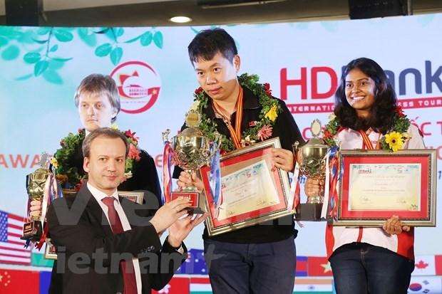 Gano el chino Wang Hao torneo de ajedrez HDBank en Vietnam hinh anh 1
