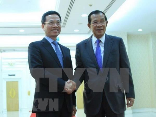 Pide primer ministro camboyano apoyo de Vietnam para construir centro de vigilancia de ciberseguridad hinh anh 1