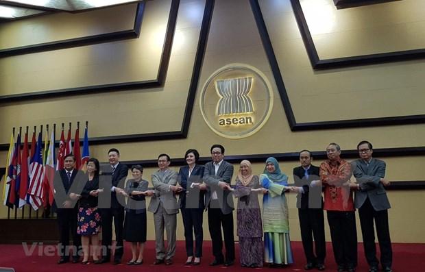 Vietnam participa en reunion del Comite de cooperacion conjunta ASEAN - Canada hinh anh 1