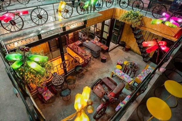 Cafeteria en Hanoi contribuye a proteger el medio ambiente con materiales reciclados hinh anh 1