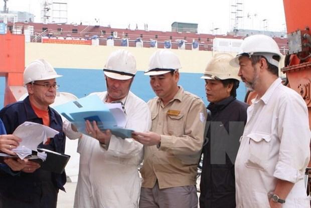 Participan en seguro social mayoria de trabajadores extranjeros en Vietnam hinh anh 1
