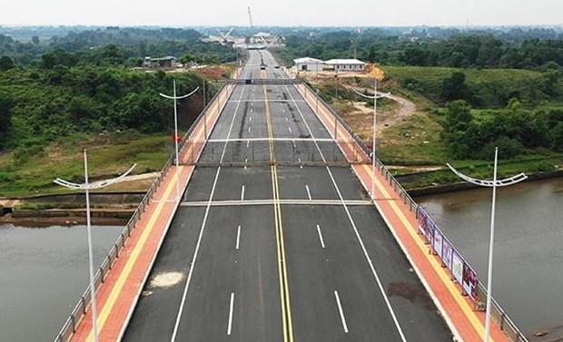 Habilitan despacho aduanero en puente de la frontera entre Vietnam y China hinh anh 1
