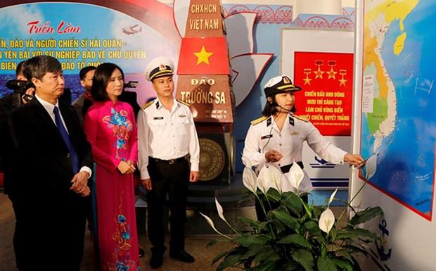 Efectuan exposicion sobre mar e islas en provincia norvietnamita de Yen Bai hinh anh 1