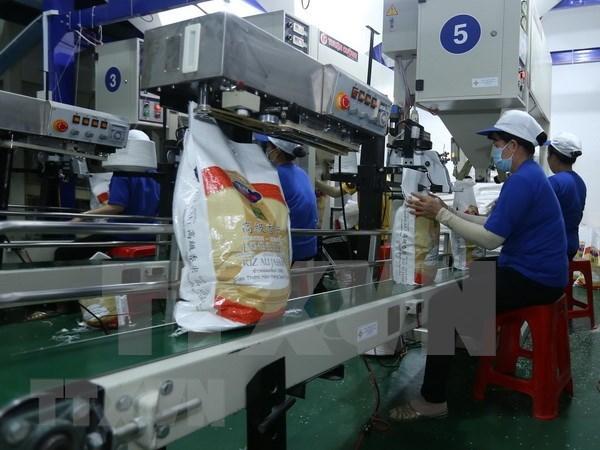 Firmaron empresas vietnamitas acuerdos para la exportacion arrocera hinh anh 1