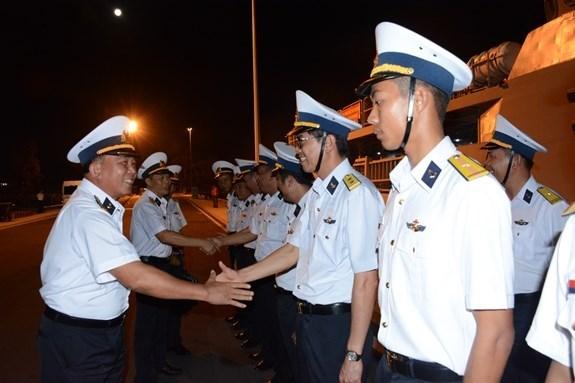 Buque de escolta de misiles de Vietnam participa en exposicion internacional hinh anh 1