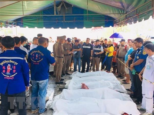 Cancilleria de Vietnam pide verificar identidad de victimas en accidente de transito en Tailandia hinh anh 1