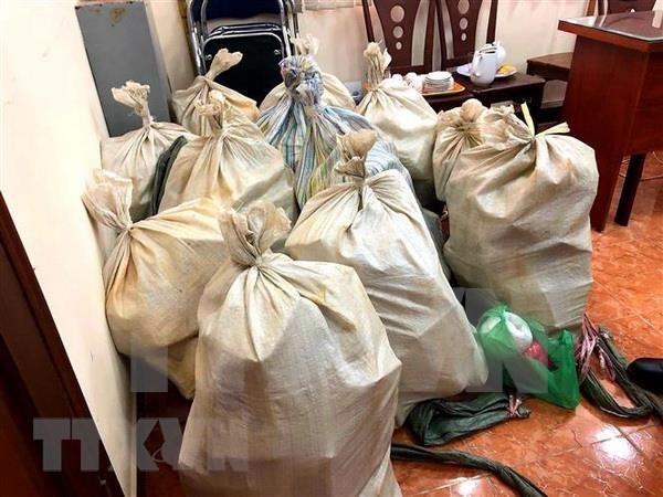 Amplian investigacion sobre recien desarticulada red de narcotrafico en Vietnam e incautan mas drogas hinh anh 1