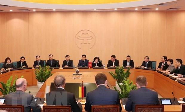 Reafirman en Vietnam prioridad de las relaciones comerciales con Alemania hinh anh 1